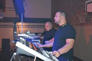 DJ-Bert mit Sohn.